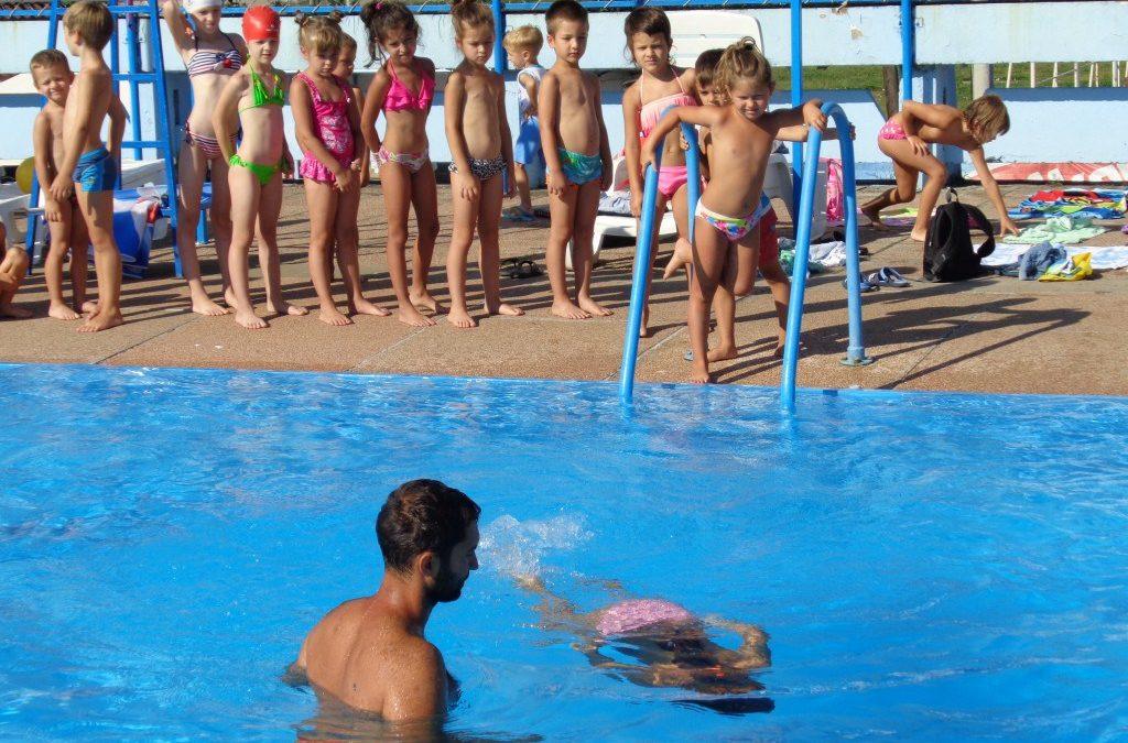 У уторак почиње трећа смена школе пливања