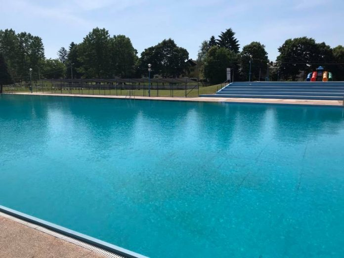 Окончана успешна купалишна сезона на базенима