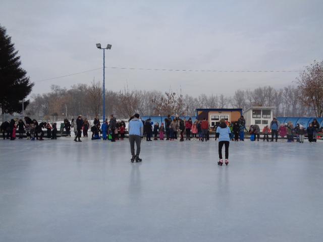 Велико интересовање за школу клизања